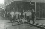 Flood-1912-men